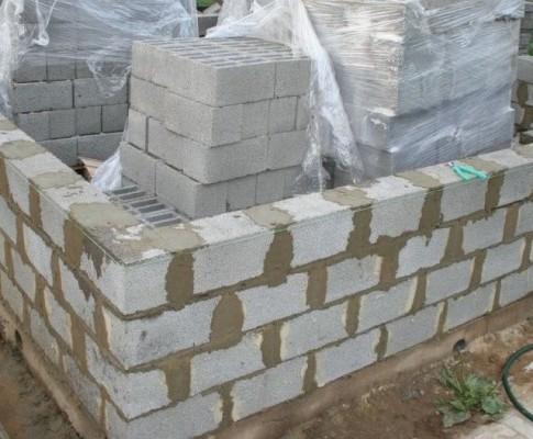 Фото и видео проекта бани из керамзитобетонных блоков