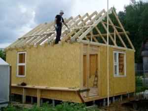 построить баню из СИП-панелей