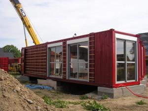 построить баню из контейнера