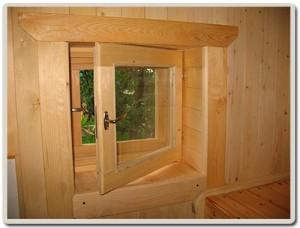 Как правильно расположить деревянные окна в бане