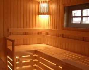 сделать освещение в бане